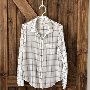 American Eagle Button Down Top